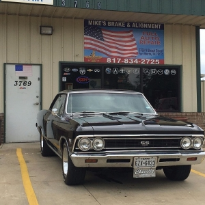 Mike's Brake & Alignment Shop in Texas